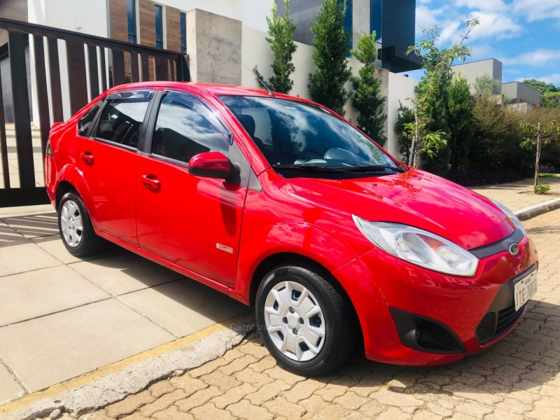 fiesta 1.6 mpi class sedan 8v flex 4p manual 2013 nova petropolis