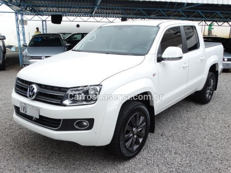amarok 2.0 highline 4x4 cd 16v turbo intercooler diesel 4p automatico 2014 nova prata