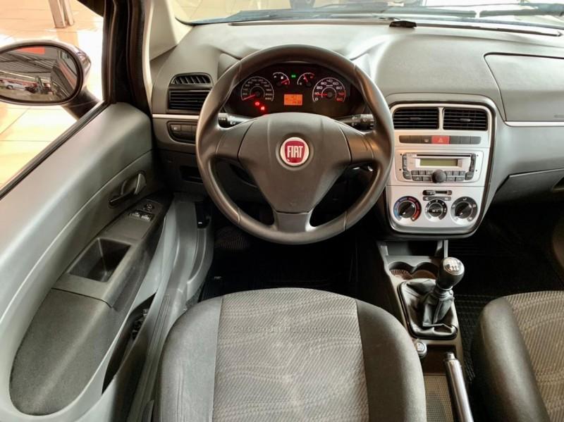 PUNTO 1.4 ATTRACTIVE ITALIA 8V FLEX 4P MANUAL - 2012 - CAXIAS DO SUL