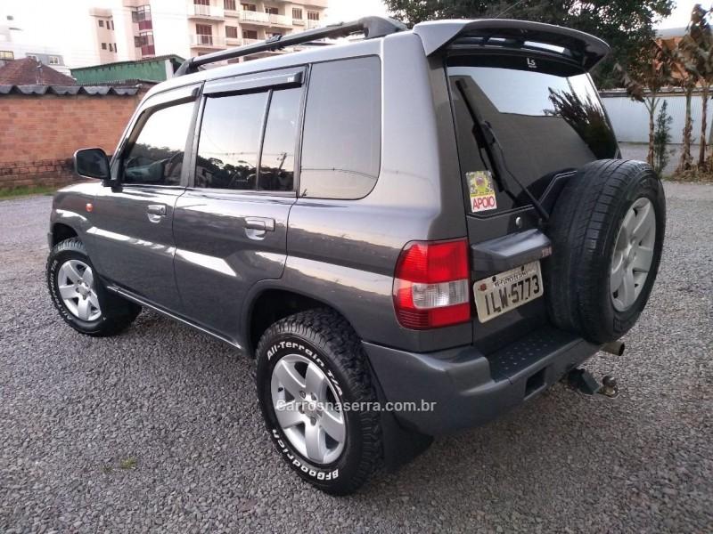 PAJERO TR4 2.0 4X4 16V 131CV GASOLINA 4P MANUAL - 2004 - FLORES DA CUNHA