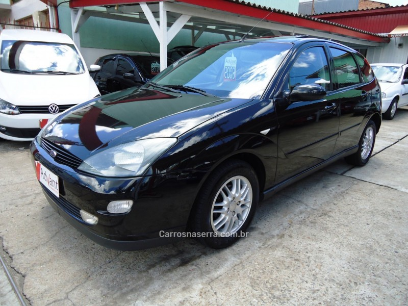 focus 2.0 ghia 16v flex 4p manual 2003 caxias do sul