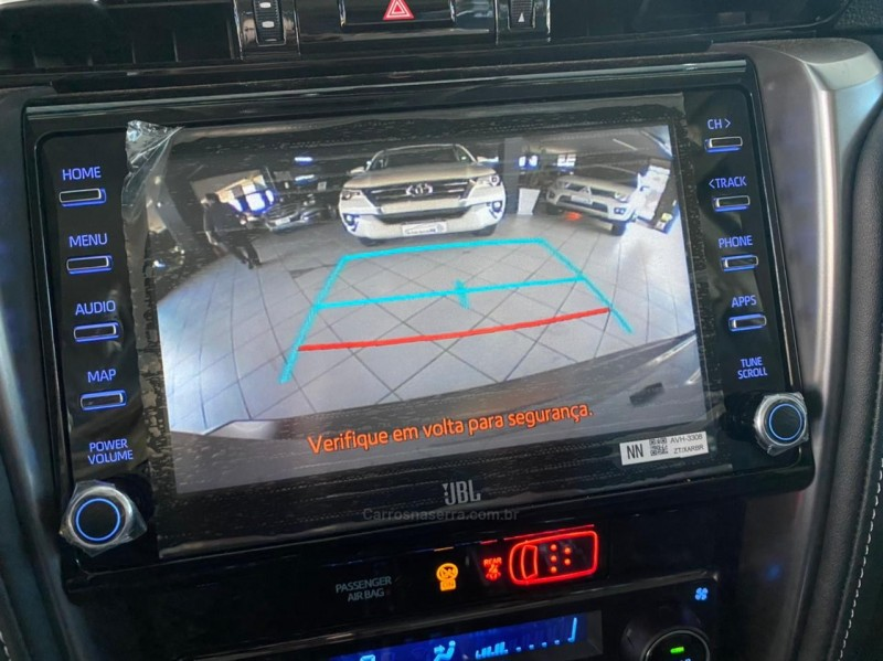 HILUX SW4 2.8 SRX 4X4 7 LUGARES 16V TURBO INTERCOOLER DIESEL 4P AUTOMÁTICO - 2021 - CAXIAS DO SUL