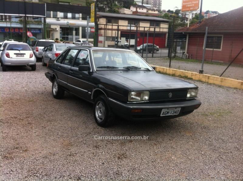 santana 1.8 cl 8v gasolina 4p manual 1988 caxias do sul