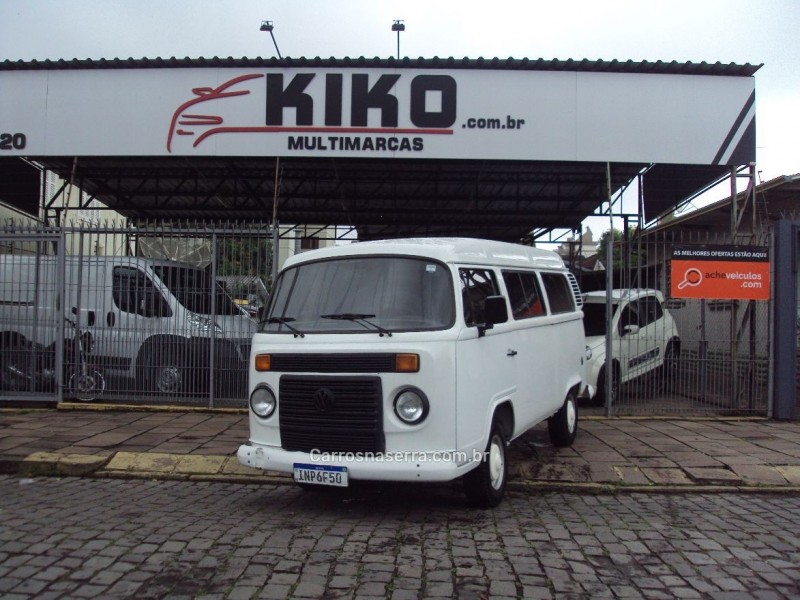 kombi 1.4 mi std lotacao 8v flex 3p manual 2007 caxias do sul