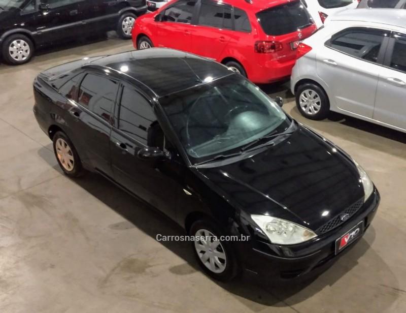 focus 1.6 glx sedan 8v gasolina 4p manual 2005 caxias do sul