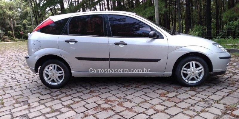 focus 1.6 gl 8v flex 4p manual 2009 nova prata