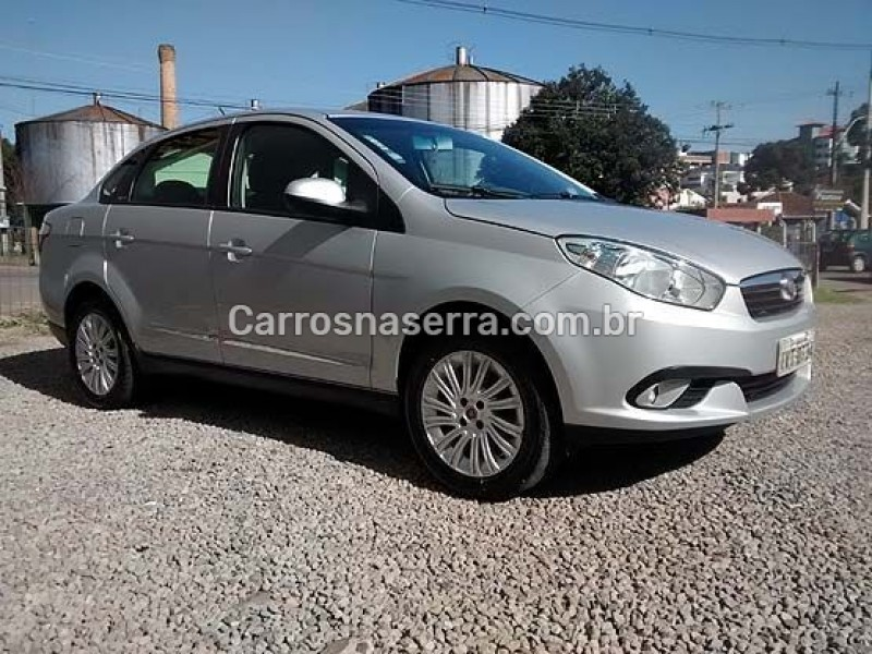 grand siena 1.6 mpi essence 16v flex 4p manual 2015 flores da cunha