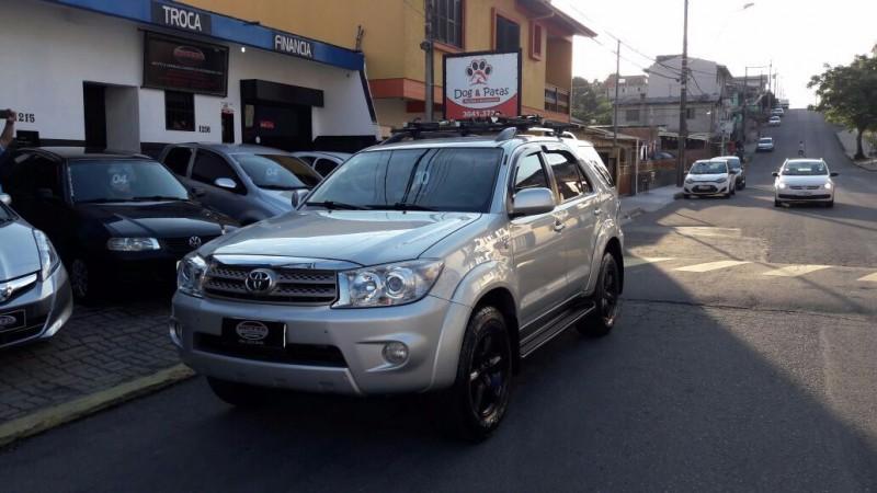 hilux sw4 2.7 sr 4x2 16v gasolina 4p automatico 2010 caxias do sul