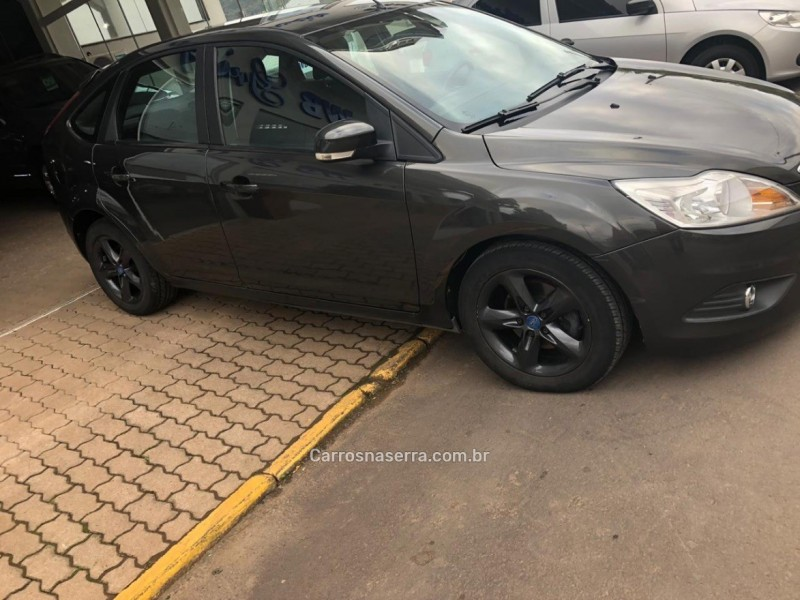 focus 2.0 titanium hatch 16v flex 4p automatico 2013 vale real