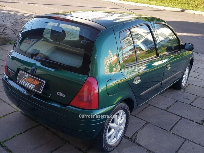 CLIO 1.6 RT 8V GASOLINA 4P MANUAL - 2000 - CAXIAS DO SUL