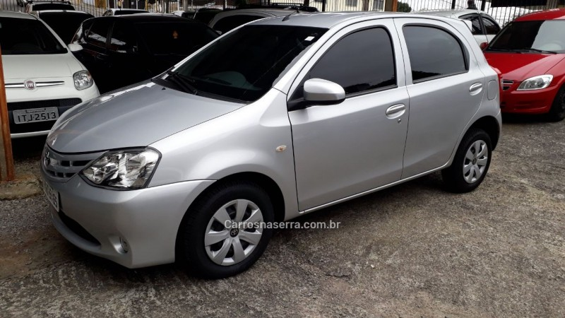 etios 1.3 x 16v flex 4p manual 2014 caxias do sul