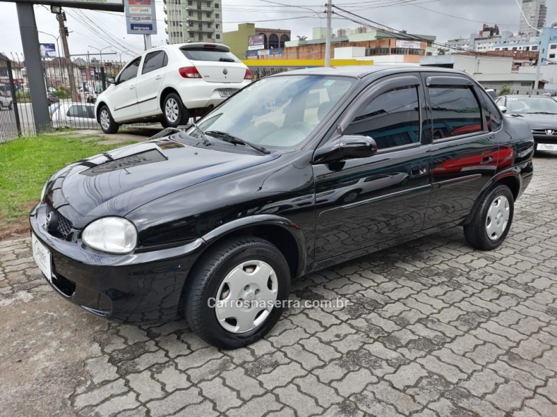 corsa 1.0 mpfi milenium sedan 8v gasolina 4p manual 2002 caxias do sul