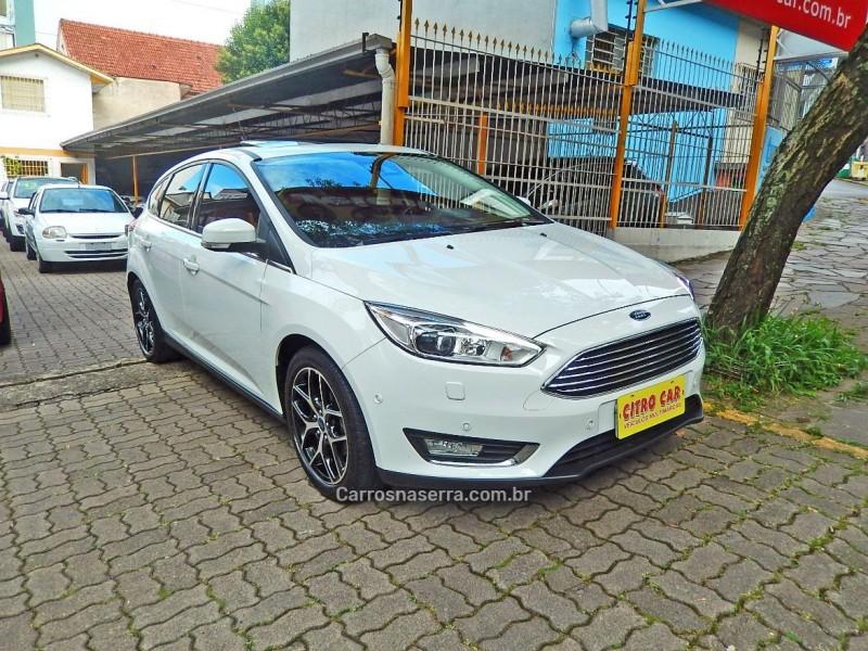 focus 2.0 titanium plus hatch 16v flex 4p auto 2016 caxias do sul