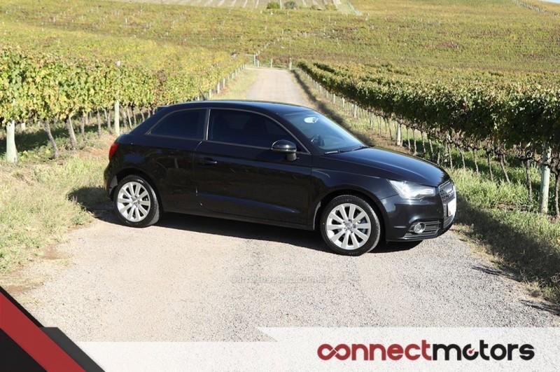 a1 1.4 tfsi attraction 16v 122cv gasolina 2p automatico 2011 bento goncalves