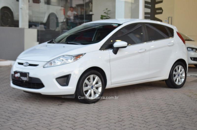 fiesta 1.6 se hatch 16v flex 4p manual 2012 caxias do sul