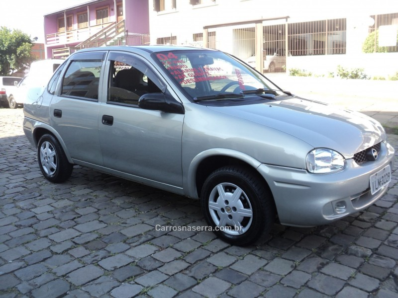 corsa 1.0 mpfi vhc sedan 8v gasolina 4p manual 2004 caxias do sul