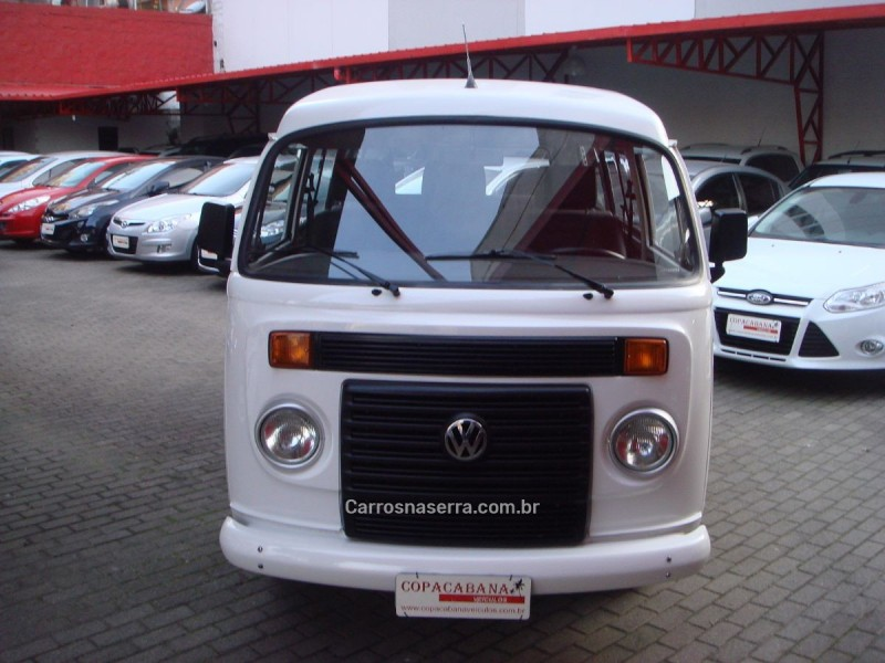 kombi 1.4 mi std 8v flex 3p manual 2010 caxias do sul