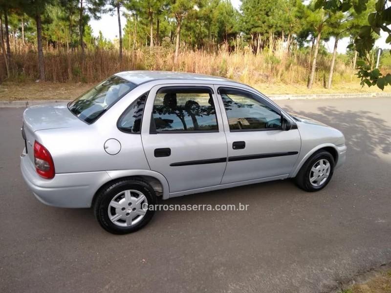 corsa 1.6 mpfi classic sedan 8v gasolina 4p automatico 2002 caxias do sul
