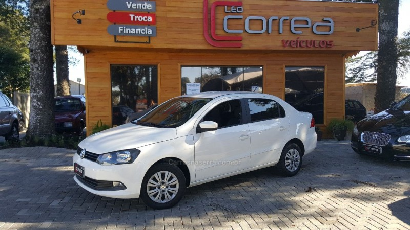 VOYAGE 1.6 MI CITY 8V FLEX 4P MANUAL - 2015 - CANELA