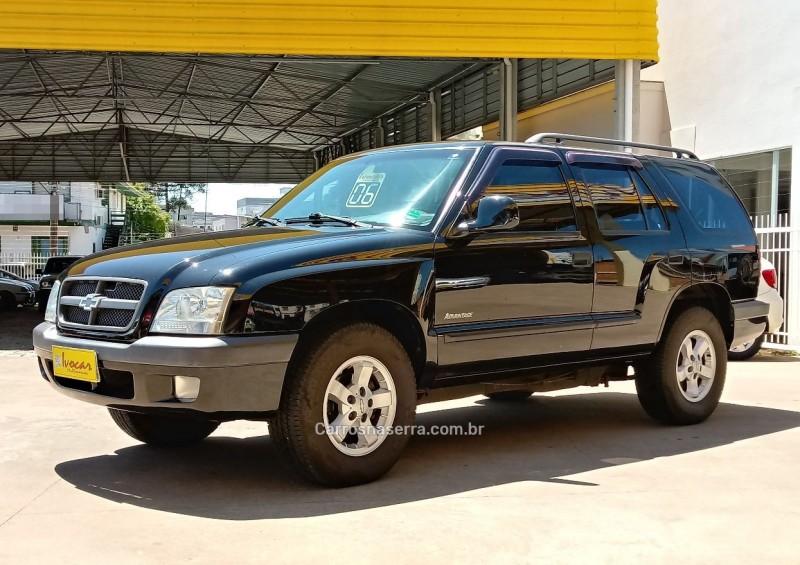 blazer 2.4 mpfi advantage 4x2 gasolina 4p manual 2006 vacaria