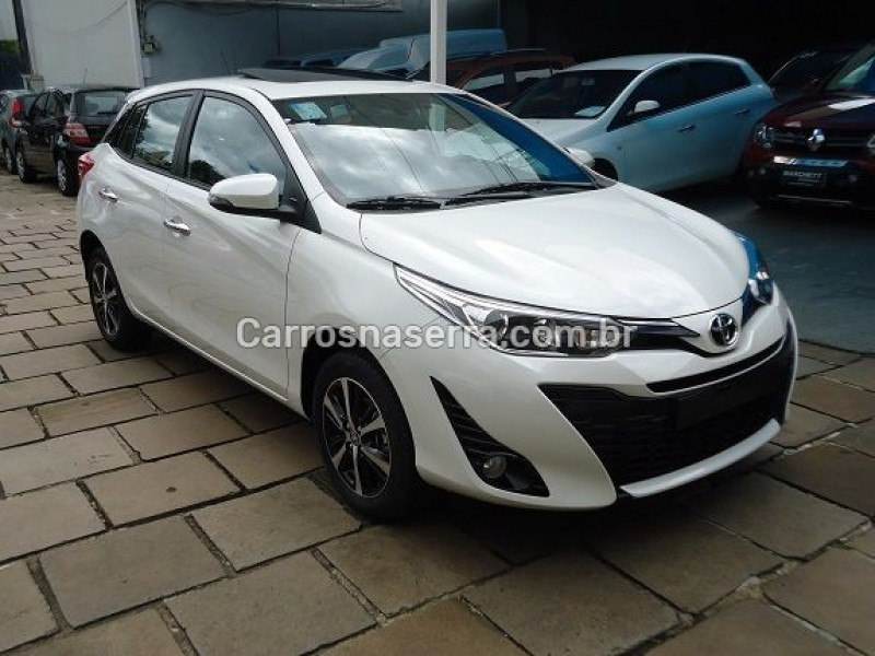 yaris 1.5 xls connect 16v flex 4p automatico 2021 caxias do sul