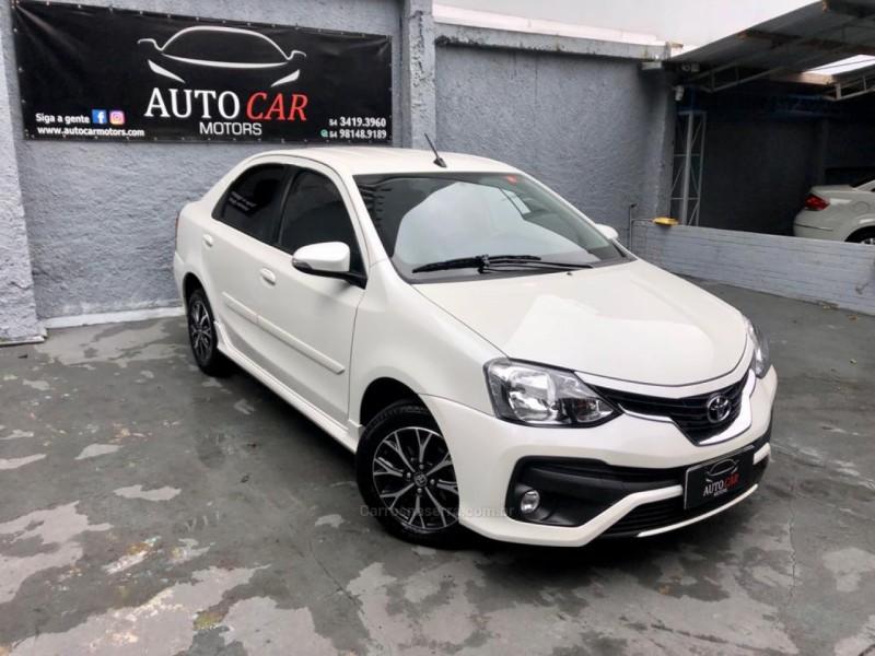 etios 1.5 platinum sedan 16v flex 4p automatico 2018 caxias do sul