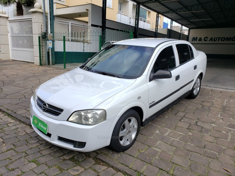 astra 2.0 mpfi comfort sedan 8v flex 4p manual 2005 caxias do sul