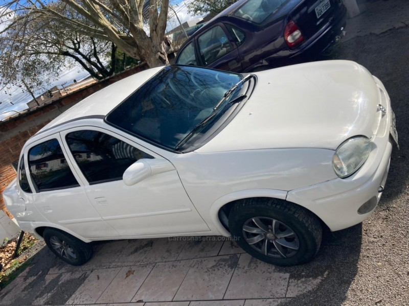 corsa 1.6 mpfi gls sedan 8v gasolina 4p manual 1996 farroupilha