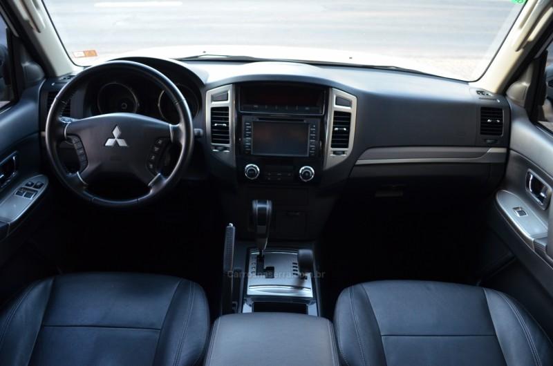 PAJERO FULL 3.8 HPE 4X4 V6 24V GASOLINA 2P AUTOMÁTICO - 2015 - CAXIAS DO SUL