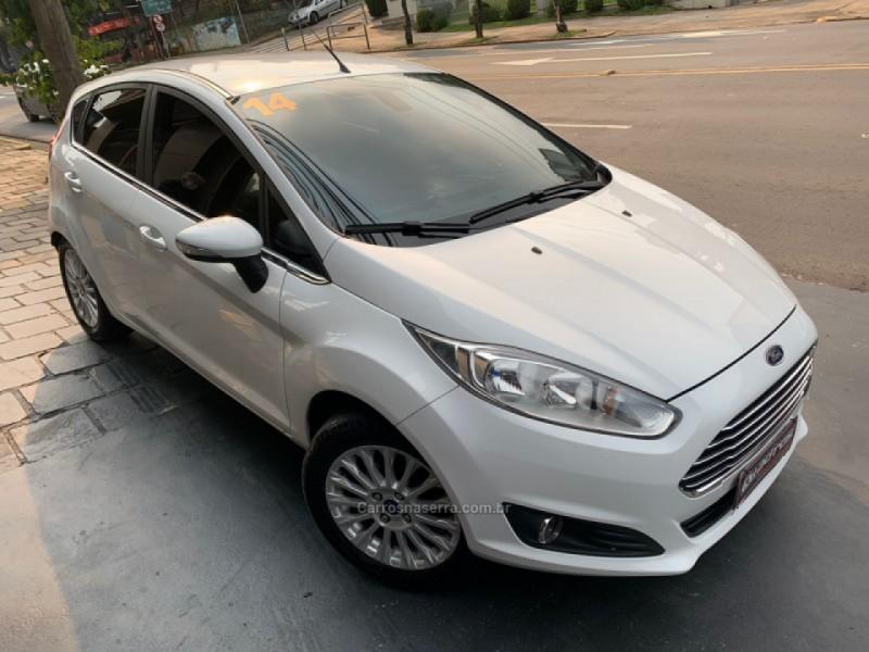 fiesta 1.6 titanium hatch 16v flex 4p automatico 2014 caxias do sul