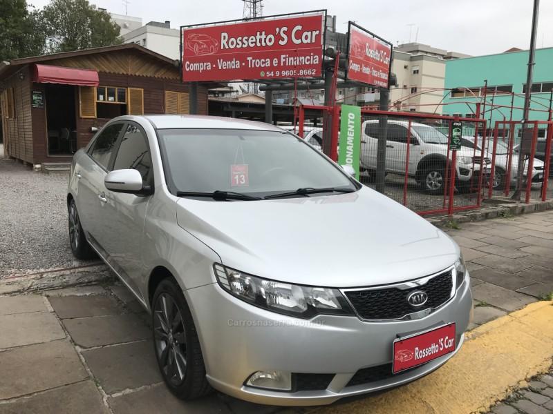 cerato 1.6 sx3 16v gasolina 4p manual 2013 farroupilha