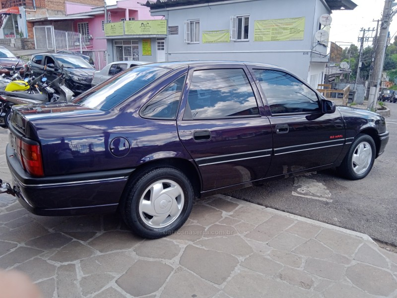vectra 2.0 mpfi cd 8v gasolina 4p manual 1995 caxias do sul