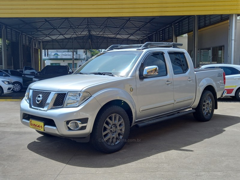 frontier 2.5 sl 10 anos 4x4 cd turbo eletronic diesel 4p automatico 2013 vacaria