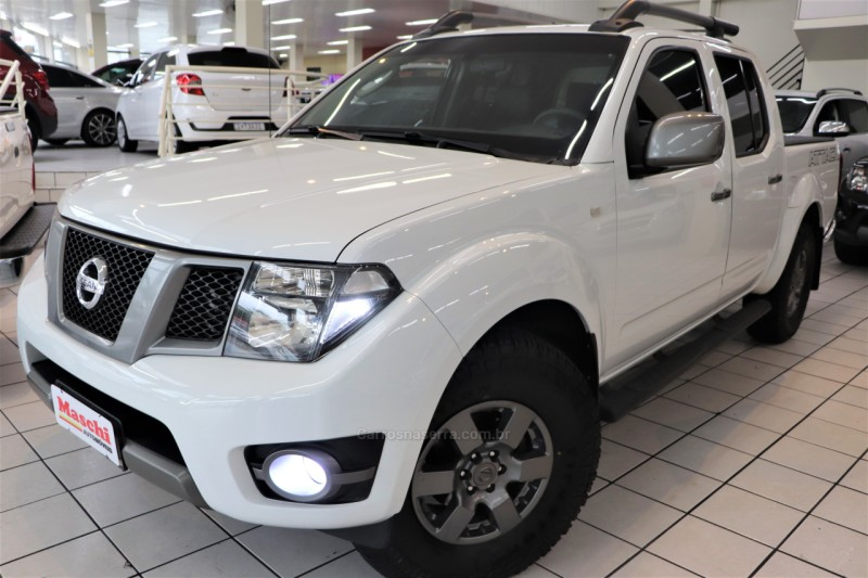 frontier 2.5 sv attack 4x4 cd turbo eletronic diesel 4p automatico 2015 caxias do sul